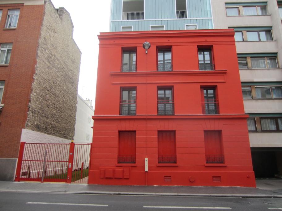 maison rouge rue de Glacière 13ème arrondissement Paris